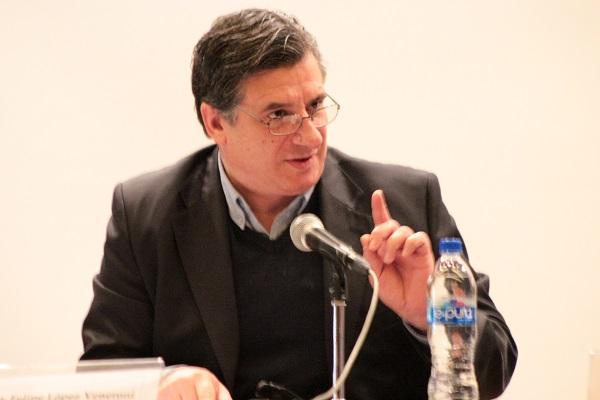 Ciencia vs Cientificismo. Mtro. Felipe López Veneroni.  Foto: Michel Maldonado.